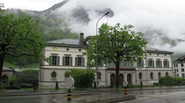 Anna-Göldi-Denkmal Hurter & Urech Tagesansicht