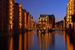 Foto blaue Stunde in der Speicherstadt, Hamburg